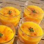 Sopa de tangerina e salsa