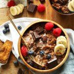Taça de quinoa e chocolate preto