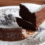 Bolo de Chocolate com dois ingredientes