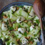 Seitan com legumes assados em vinagreta de tomilho e sésamo