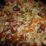 feijão com legumes e arroz