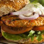 Hambúrguer de salmão e pescada