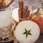 Overnight Oats de maçã e canela com chia